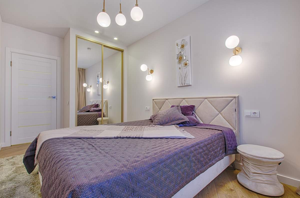Image shows a way to add lighting effects to modern bedroom designs for small rooms.